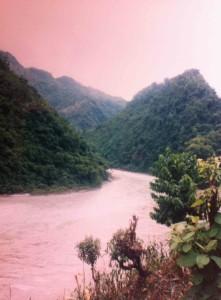 Río y Montañas Chitwan
