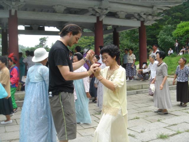 Bailando en Corea del Norte