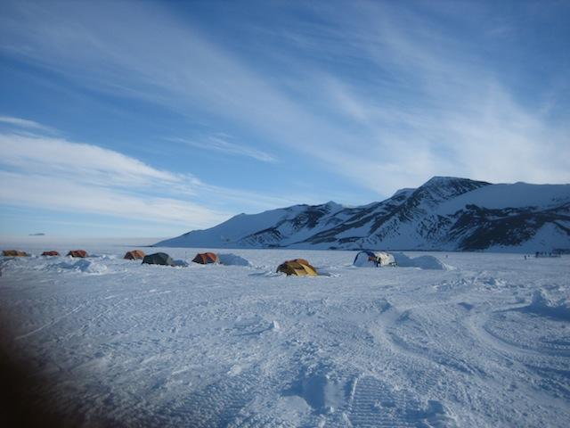 Campamento en la Antártida
