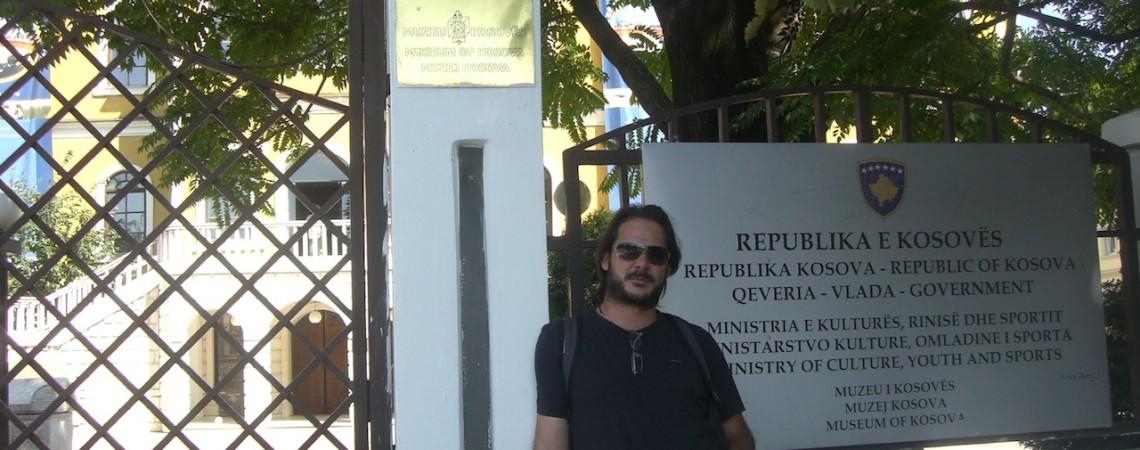 """KOSOVO: Turbulencias y """"Buen Rollito"""""""